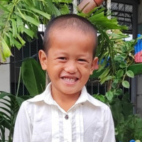 Apadrina Nador (Filipinas)