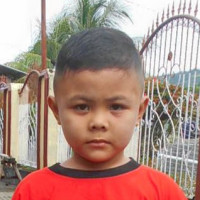 Adozione a distanza: Dean (Indonesia)
