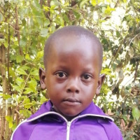 Apadrina Trevor Love (Kenia)