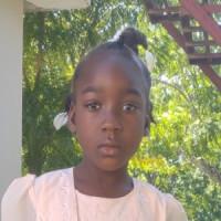 Apadrina Stesha (Haiti)