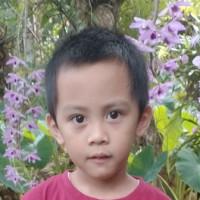 Adozione a distanza: Jeffrey (Filippine)