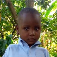 Apadrina Cynthia (Uganda)