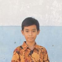 Adozione a distanza: sostieni Exky (Indonesia)