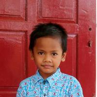 Adozione a distanza: sostieni Tian (Indonesia)
