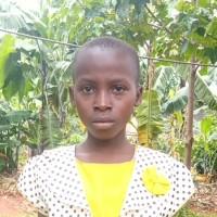 Apadrina Aline (Ruanda)