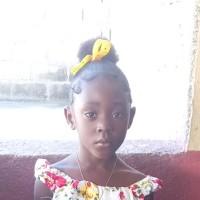 Adozione a distanza: sostieni Esther (Haiti)