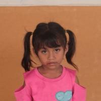 Adozione a distanza: sostieni Quin (Indonesia)