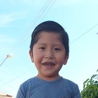 Apadrina Oseias (Bolivia)
