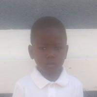 Adozione a distanza: sostieni Lovens (Haiti)