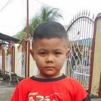 Adozione a distanza: sostieni Dean (Indonesia)