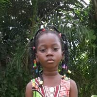 Adozione a distanza: sostieni Mawuenya (Ghana)