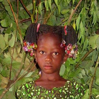 Adozione a distanza: sostieni Emeline (Burkina Faso)