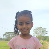 Adozione a distanza: sostieni Kendri (Colombia)