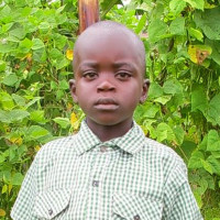Adozione a distanza: sostieni Paci (Ruanda)