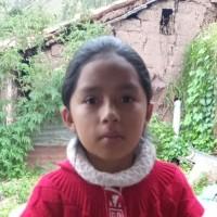 Adozione a distanza: sostieni Fiorela (Perù)