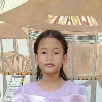 Adozione a distanza: sostieni Putri (Indonesia)