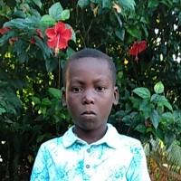 Adozione a distanza: sostieni Thienly (Haiti)