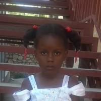 Adozione a distanza: sostieni Kecie (Haiti)