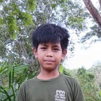 Adozione a distanza: sostieni Gideon (Indonesia)