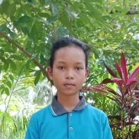 Adozione a distanza: sostieni Mira (Indonesia)