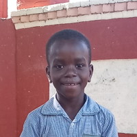 Adozione a distanza: sostieni Thoby (Haiti)