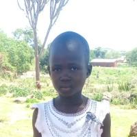 Adozione a distanza: sostieni Paulina (Uganda)