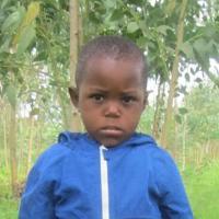 Adozione a distanza: sostieni Gloria (Ruanda)