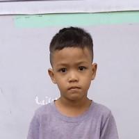 Adozione a distanza: sostieni Jay Ar (Filippine)