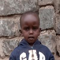 Adozione a distanza: sostieni Hellen (Kenya)