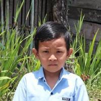 Adozione a distanza: sostieni Jujun (Indonesia)
